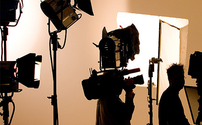企业和记视频,在拍摄过程中如何对光线进行运用?