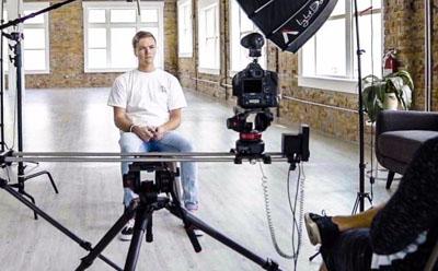 企业bob体育官方平台员工采访怎么拍?