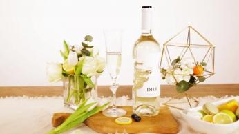 手莫斯卡泡酒产品展示视频